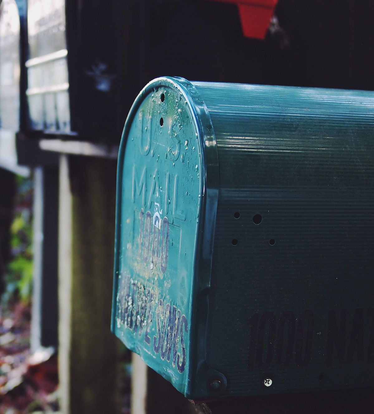 Simple mail server with docker
